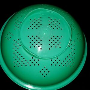 Vintage Tupperware Green Colander